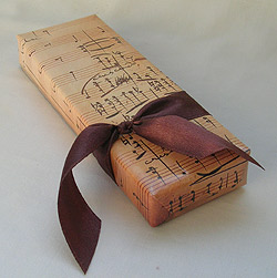 Musical Notes Gift Wrapper Recycled Paper for better Cresendo