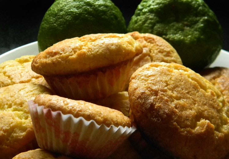 Zesty Lemon Cupcakes - Fresh, Tangy and Tasty